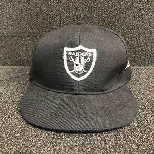 Other - oakland raider snapback hat